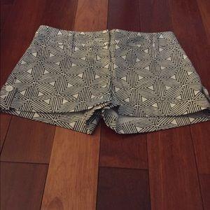 Express design studio shorts 00